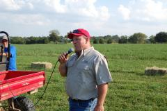Craig Cohron speaks to Field Day attendees.